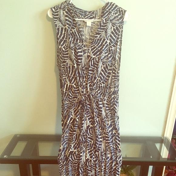 H&M Dresses & Skirts - Leaf print maxi dress